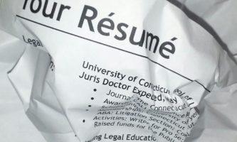 8 erros no CV que podem destruir a sua chance de emprego