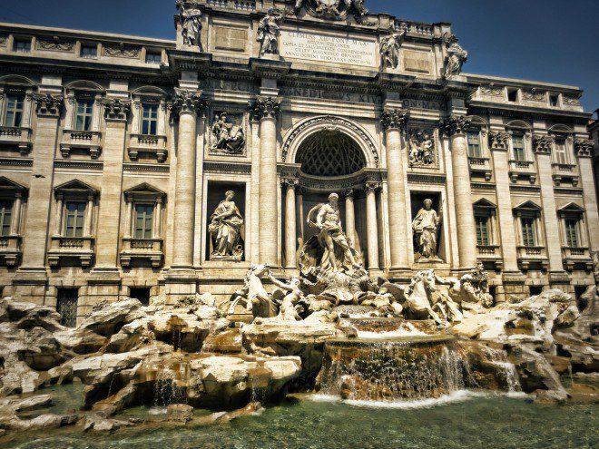 Fontana di Trevi, em Roma: país oferece ótimo sistema de saúde. Créditos: Pixabay.