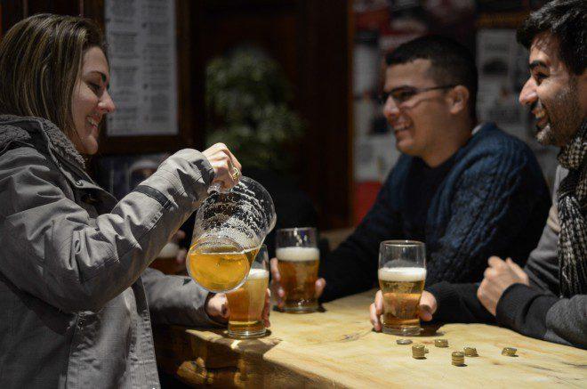 """Dublin possui uma grande área reservada para os bares e pubs conhecida mundialmente como """"Temple Bar"""". Foto:Arquivo Pessoal Samantha Camelo"""