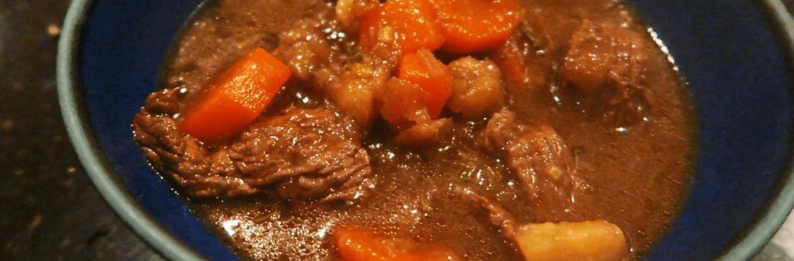 Culinária Irlandesa: Irish Stew – All That Jess#29