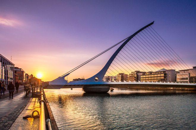 Ponte Samuel Beckett, em Dublin, um dos pontos turísticos da cidade. Crédito: Altezza   Dreamstime.com