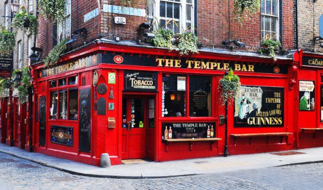 A Irlanda é repleta de pubs para todos os gostos. Crédito: Lucian Milasan   Dreamstime.com