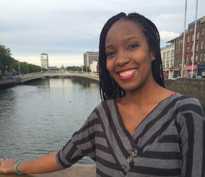 A estudante brasileira Aline Lima veio estudar na Irlanda e conseguiu trabalha como enfermeira. Foto: Arquivo pessoal