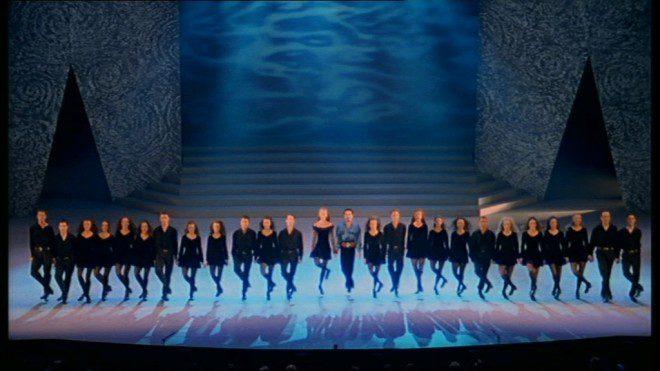 Celebração de aniversário do espetáculo de dança irlandesa. Reprodução: Fanpop