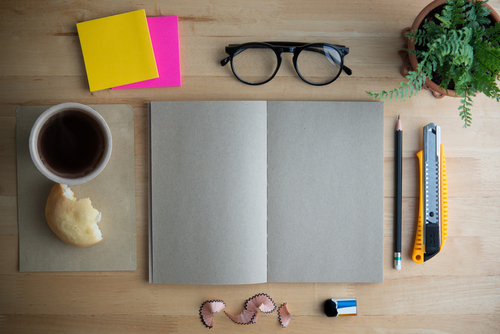 É possível trabalhar durante o intercâmbio. Foto: Shutterstock
