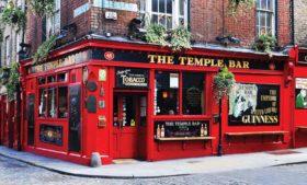 Uma volta pelo Temple Bar em 360°