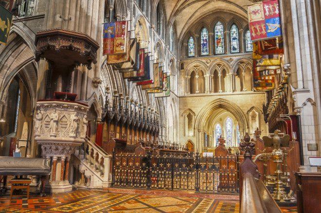 Interior da Catedral de São Patrício, em Dublin. Crédito: © Aitor Muñoz Muñoz | Dreamstime.com