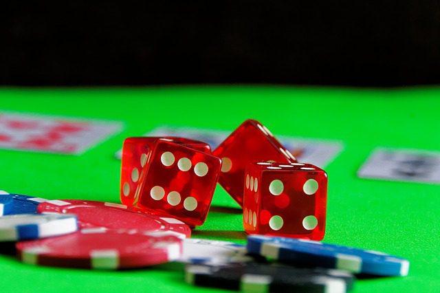 Poker é um dos jogos preferidos entre os irlandeses. Foto: Pixabay