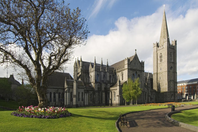 Catedral irlandesa, a St. Patrick's Cathedral recebe o maior coral. Foto: Pinterest