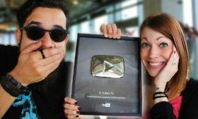 Chegou nossa plaquinha no YouTube – 100 mil inscritos