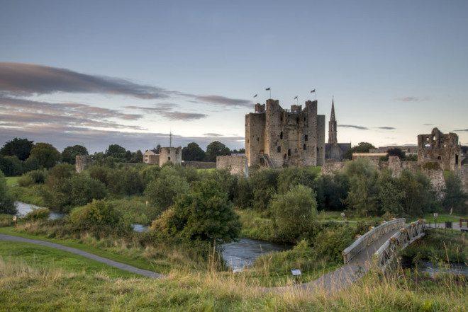 Trim é um dos maiores castelos medievais da Europa. Foto: Live Ireland