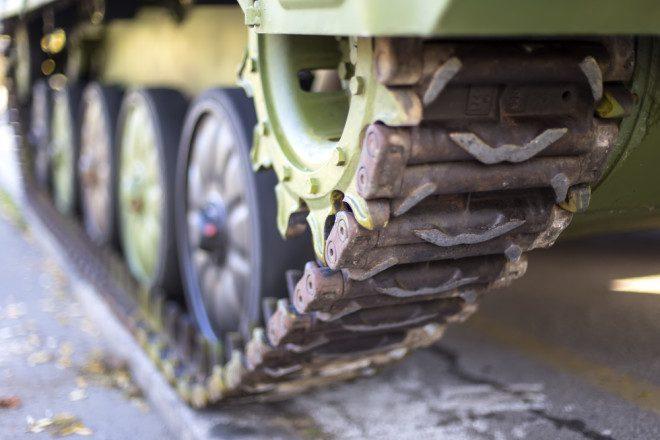 O primeiro tanque de guerra foi inventado em 1911 na cidade de Dublin. Crédito Depositphotos/ boggy22