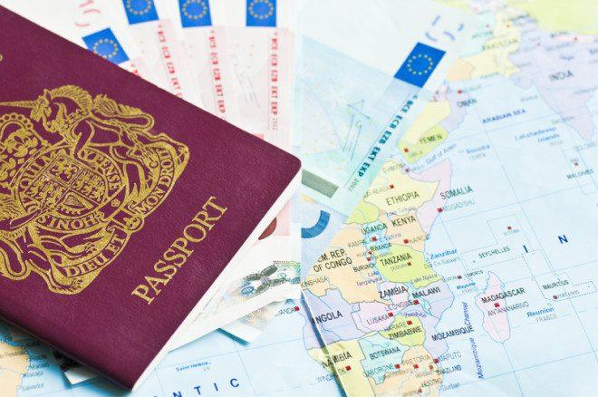 O passaporte garante seu direito de morar, trabalhar e estudar. Fonte © Fasphotographic   Dreamstime