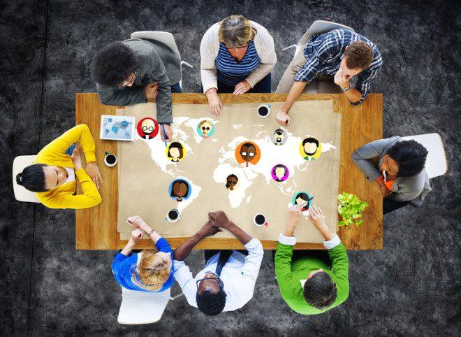 Networking é fundamental para o sucesso profissional no exterior. Crédito Rawpixelimages | Dreamstime