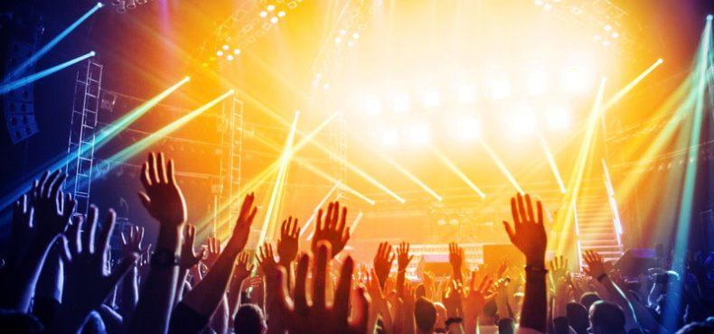 Que tal trabalhar e assistir a shows internacionais de graça?