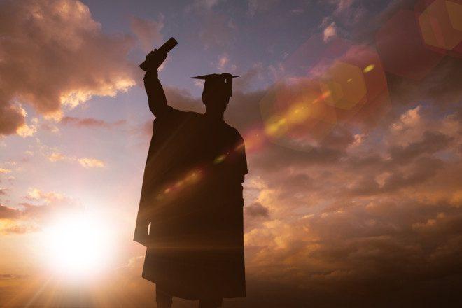 Entre as exigências para a bolsa está o bom desempenho do aluno na universidade. Foto: Wavebreakmedia/Dreamstime
