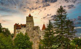 Castelo do Drácula: mitos e verdades sobre o cartão-postal da Romênia