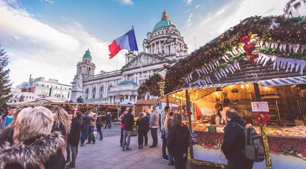 Belfast Christmas Market acontece até 22 de dezembro. Foto: Belfast Telegraph
