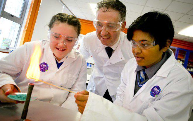 Exposição reúne jovens talentos da ciência. Foto: BT Young Scientist