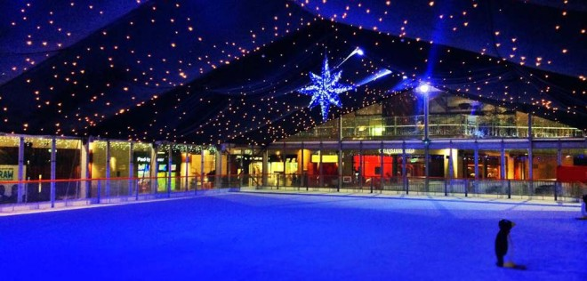 Dundrum on Ice fica aberto até 13 de janeiro. Foto: Dundrum on Ice
