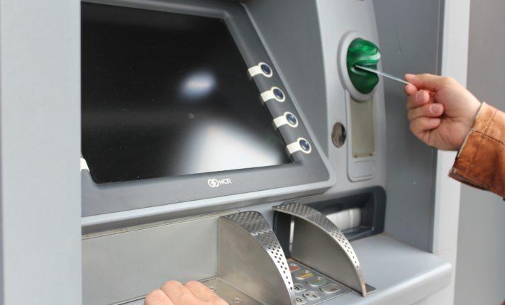 Saiba como não cair em fraudes bancárias na Irlanda