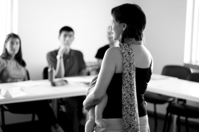 Edite Amorim in a Training session with her baby boy! Motherhood vs workplace. Foto: Ávany França