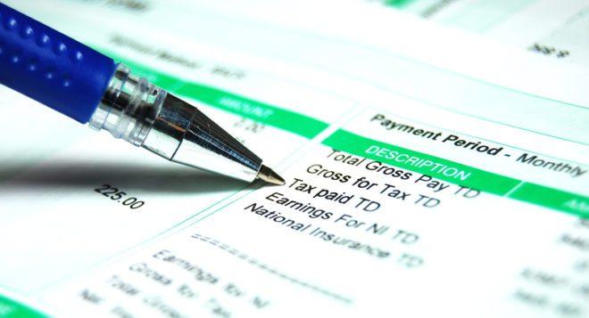 O imposto na Irlanda é sobre o rendimento que você ganha.© Lucian Milasan | Dreamstime.com