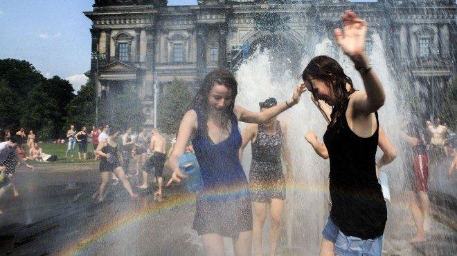 Viajar no verão europeu pode ser uma roubada. Foto: Al Jazeera