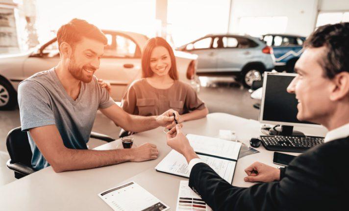 Como comprar um carro na Irlanda?