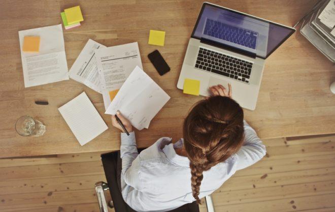A lista de documentos é este extensa para fazer intercâmbio.© Ammentorp | Dreamstime.com