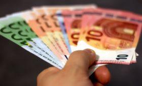Irlanda pede a auxiliados pelo governo que cancelem benefício ao começar a trabalhar