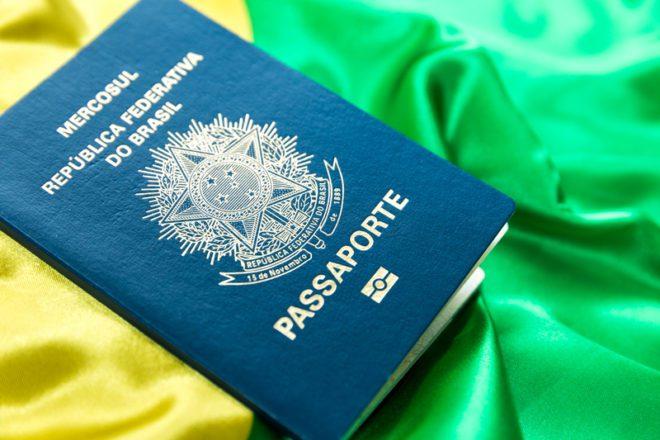 Quanto custa tirar um novo Passaporte brasileiro na Irlanda? © Filipe Frazao   Dreamstime.com