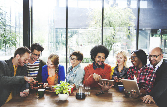 De todo o aprendizado no exterior, as amizades serão as maiores riquezas. Foto Shutterstock