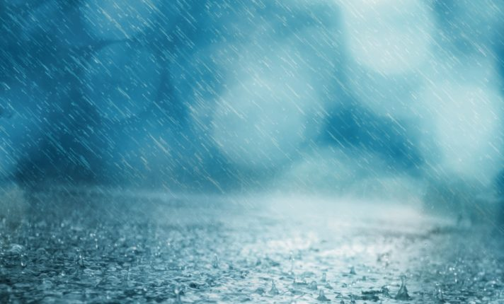 Após Lorenzo, Irlanda segue com chuvas pesadas