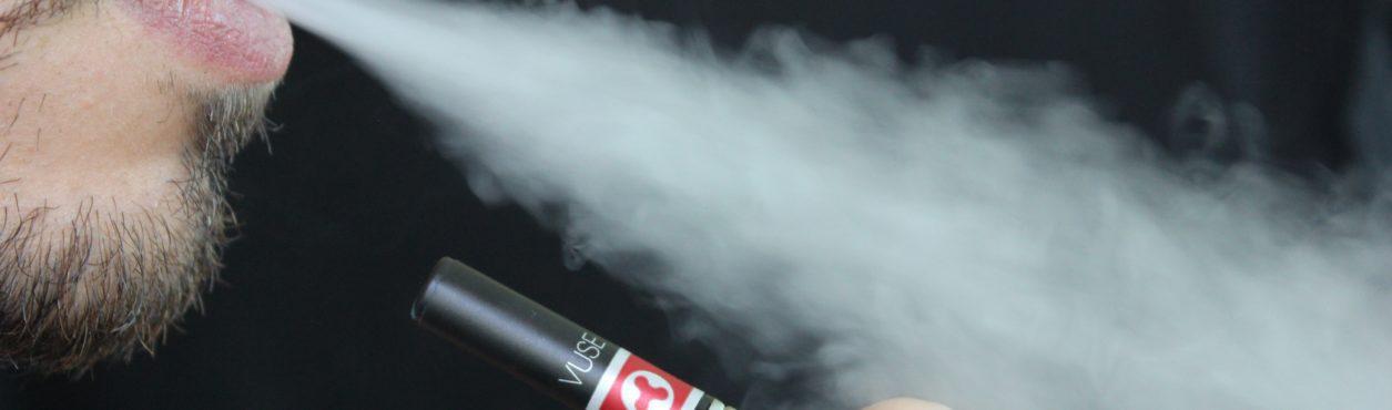 Cigarros eletrônicos podem ser proibidos na Irlanda