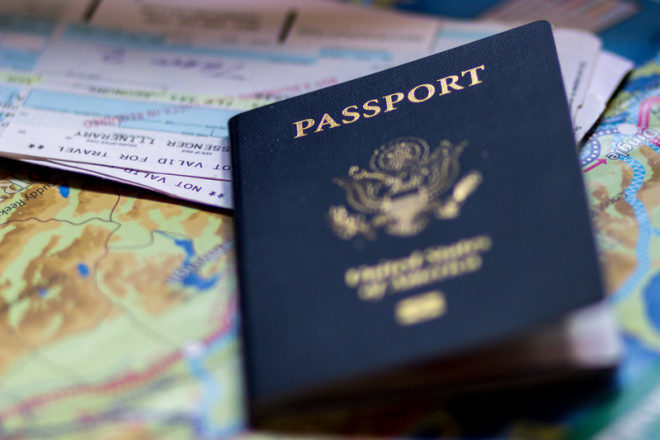 Pessoas com dupla cidadania terão mais facilidades ao migrar para outro país com a família. © Lisalantrip   Dreamstime.com