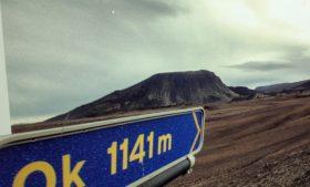 Geleira extinta na Islândia alerta sobre aquecimento global