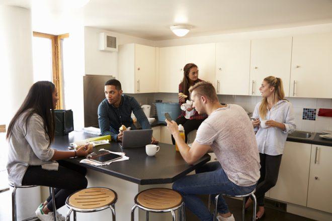 É bem comum ficar perdido na hora de escolher a melhor acomodação.© Monkey Business Images|Dreamstime.com