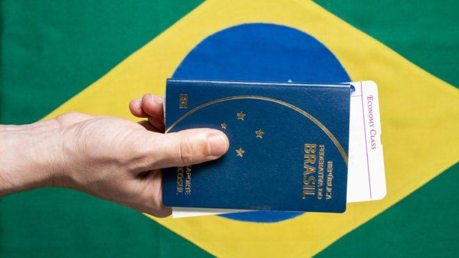 Existem diversos tipos de vistos possíveis para brasileiros na Irlanda. ©Júlio Riccó Dreamstime.com