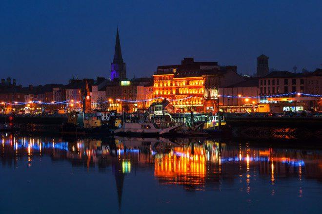 Waterford é defendida como a cidade mais antiga da Irlanda@ Madrugadaverde   Dreamstime