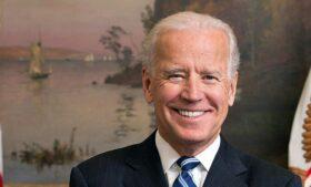 Em conversa com primeiros-ministros, Joe Biden reforça apoio ao acordo de paz entre as Irlandas
