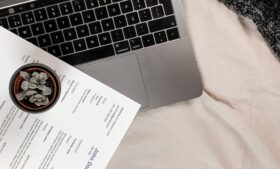 Currículo em inglês: dicas de como estruturar seu documento