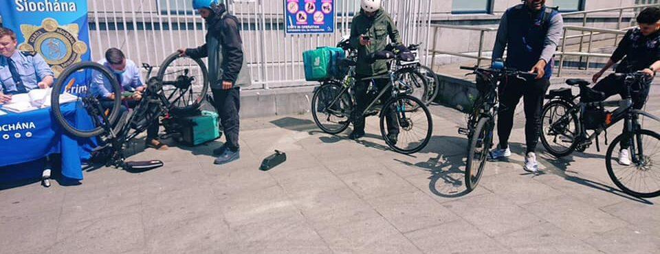 Garda irá registrar bikes de entregadores em Dublin