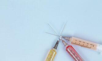 Vacina na Irlanda: 18 a 24 anos já podem se registrar no programa nacional