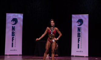 Brasileira vence concurso de fisiculturismo na Irlanda